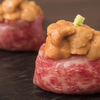 国産和牛極上赤身握り多数ご用意「肉寿司ウニのせ」