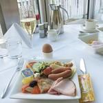 Ambassador Wien - 料理写真:朝食ビュッフェ1日目