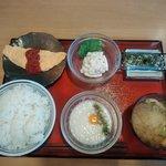 朝食セット(400円)