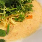 豆皿中華Q - ヘルシーなイメージに留まらず、とろみもあるし、味わいも濃い。