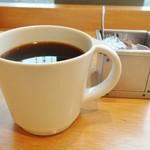 パン屋むつか堂カフェ - ドリップコーヒー 453円