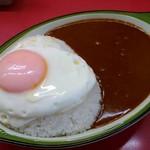 シュクリア - 目玉焼きカレー 700円