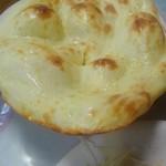 カシミール - ここはナンもおいしいです.