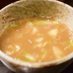 づゅる麺池田 - 【味玉つけ麺@税込930円】つけ汁