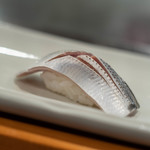 鮨よし - 小鰭(こはだ)