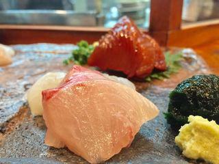 志づ香 - さしみ(漬けかつお、白身魚)