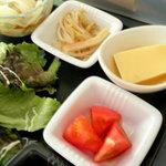 トライアングル - トマトと卵豆腐と烏賊と冷やしうどん