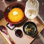 銀座大食堂 - いくらの特特特丼。
