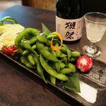 日本酒原価居酒屋 黒兵衛 - あったか茶豆