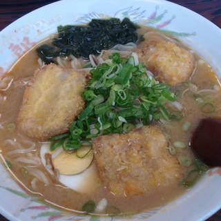 豚太郎 - 料理写真:みそカツラーメン(\730)