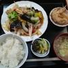 揚葉 - 料理写真:色々野菜と豚肉の中華炒め定食(890円)