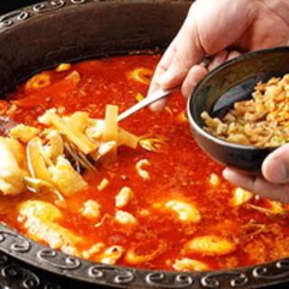 オススメ「冷鍋魚」や自慢の火鍋♪