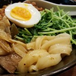 坂上刀削麺 - 汁無しマーラー刀削麺
