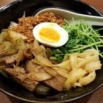 86073852 - 汁無しマーラー刀削麺