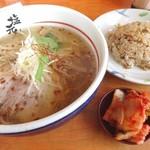 岸和田塩元帥 - 料理写真:半チャンセット(850円)