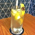 恵比寿 マルヒ - マルヒ特製レモンサワー「酸」¥580