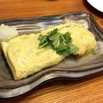 恵比寿 マルヒ - 牛すじにチーズ出汁巻き ¥688