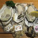たらふく うなり - 真牡蠣3種(広島安芸津、兵庫室津、三重桃取)食べ比べ:1480円