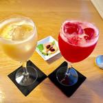 STILE - 季節のフルーツカクテル イチゴと桃。ノンアルコールに出来ます。