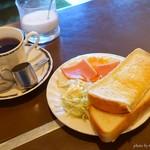 どれみ - 料理写真:2018年3月 モーニング(ホットコーヒー)【450円】いつもあるとは限らないです(^-^;