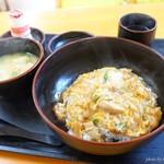 輝味食堂 - 料理写真:2018年3月 親子丼【500円】安い!