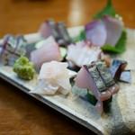 旬の魚菜 きり山 - お刺身の盛り合わせ