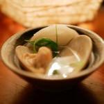 かなやまサルーン - 土瓶蒸し