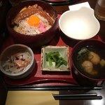 赤坂うのあん - 大和肉鶏「特製親子丼」セット 小サイズ @1,200円