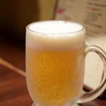 立飲ビストロシン - 生ビール ジョッキ@550円