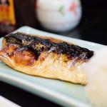 目黒のさんま 菜の花 - 【本日の焼き魚定食@税込800円】鯖