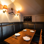 トラットリア・クラウディア - こちらの個室は、4~6名様のお客様に最適です。