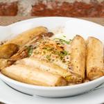 トラットリア・クラウディア - ホワイトアスパラと卵のオーブン焼き