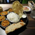 ミナミ キッチン - ...「Non-Vegetarian Set Meal(1200円)」、南インドvsパキスタン!最高やん、西大島━(゚∀゚)━系