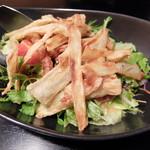 ユウヅル亭 - 料理写真:オニオンチップのサラダ