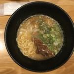 人情麺家 牛骨王 - ストレート細麺