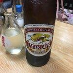 はやふね食堂 - 瓶ビールとか日本酒は自分で冷蔵庫に取りに行くスタイル