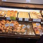 86105573 - 店内(菓子パン系)