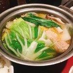 赤坂うのあん - うのあん御膳 @1,000円       つくねも野菜もたっぷり、ポカポカあったまるお鍋。