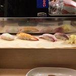 いずみ田 - ヒラメ、えび、カンパチ、ブリ