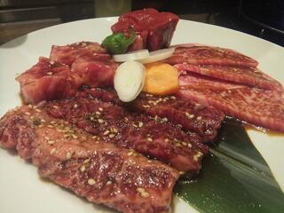 焼肉トラジ 池袋西口店 - スペシャルトラジ盛