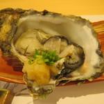 鮨 うら山 - 岩牡蠣
