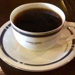 オリエンタルカフェ - 2杯目のコーヒー(無料)。同じコーヒーが供される。器を変えて来るのもナカナカ。