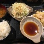 鶏魚Kitchenゆう - 鶏天定食(*´ω`*)サラダはキャベツでごまドレ