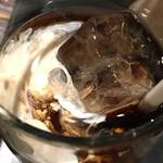 鶏魚Kitchenゆう - アイスコーヒー (´∀`)/ さっぱりと ミルク入り