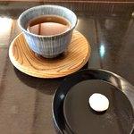 鍵善良房 - ほうじ茶&菊寿糖(落雁)