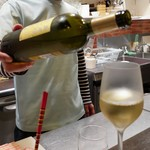 PIKOSHHHU - チーズにワイン、、