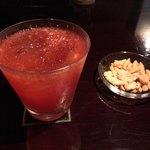 BAR ChiC - 苺のカクテル