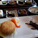 カフェギャラリー風と木 - おまかせ玄気膳(1188円) コロッケと小鉢
