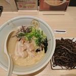 TOKYO豚骨BASE MADE by博多一風堂 - 2018年5月 特濃 白+きくらげ 750+100円