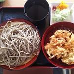 そば 天丸 - 田舎天ぷらそば(大盛り)790円